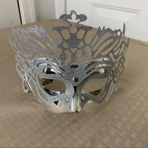 Accessories - New Silver Mask